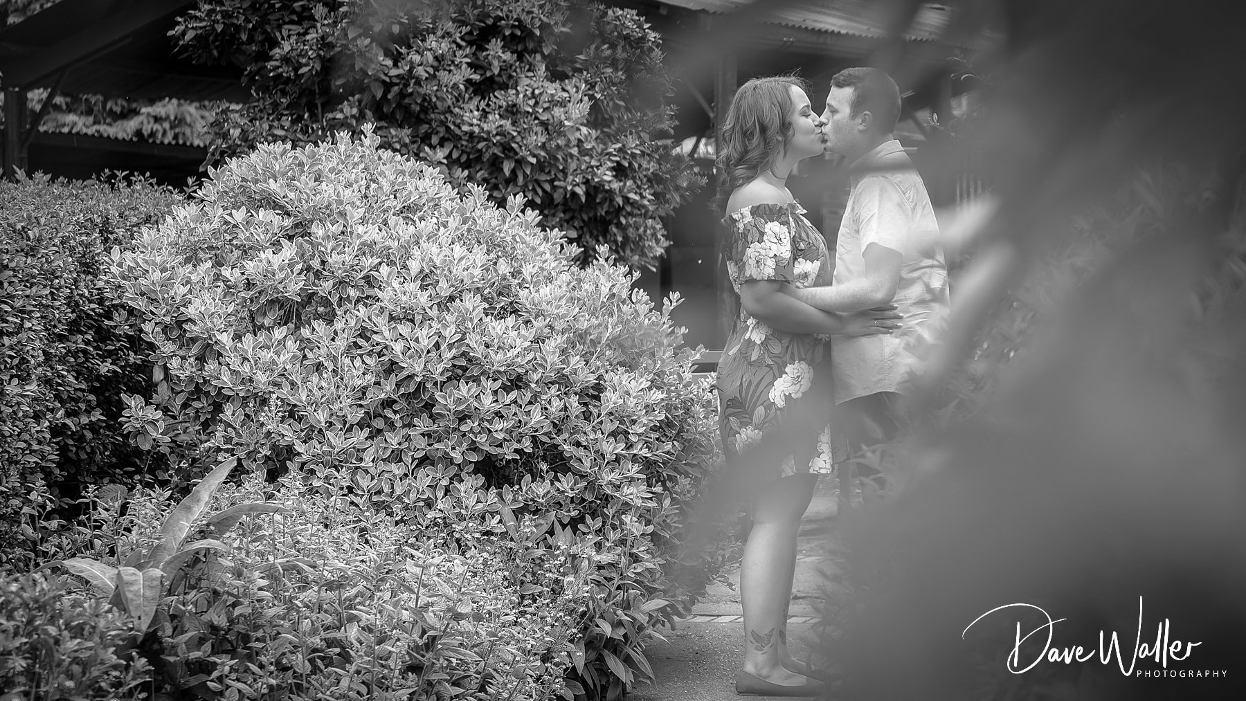 00004_WEST_YORKSHIRE_WEDDING_PHOTOGRAPHER_LEEDS_WEDDING_PHOTOGRAPHER_.jpg