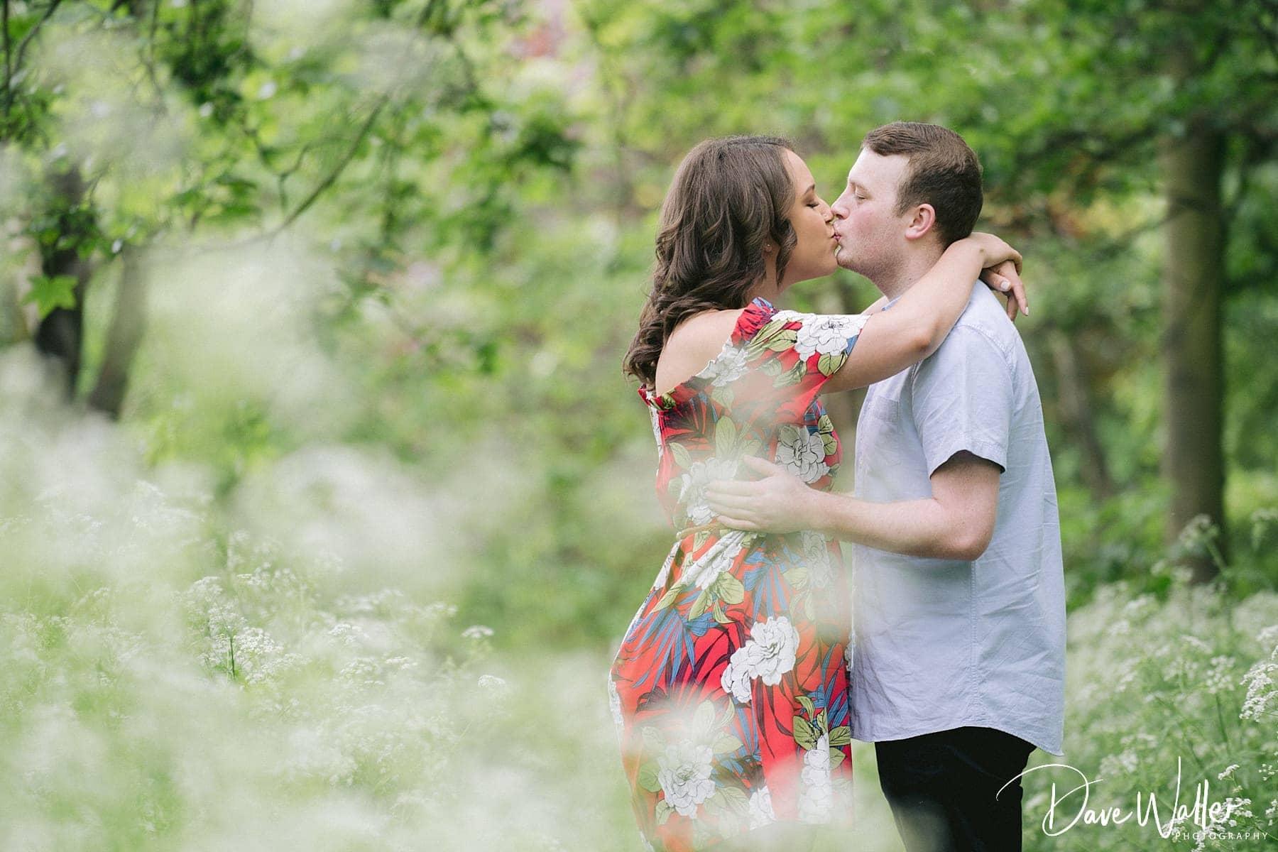 00008_WEST_YORKSHIRE_WEDDING_PHOTOGRAPHER_LEEDS_WEDDING_PHOTOGRAPHER_.jpg