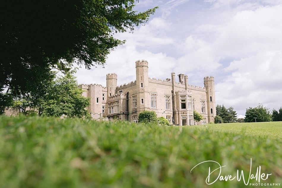 2-Cave-Castle-Wedding-Photography- -Hull-Wedding-Photographer-.jpg
