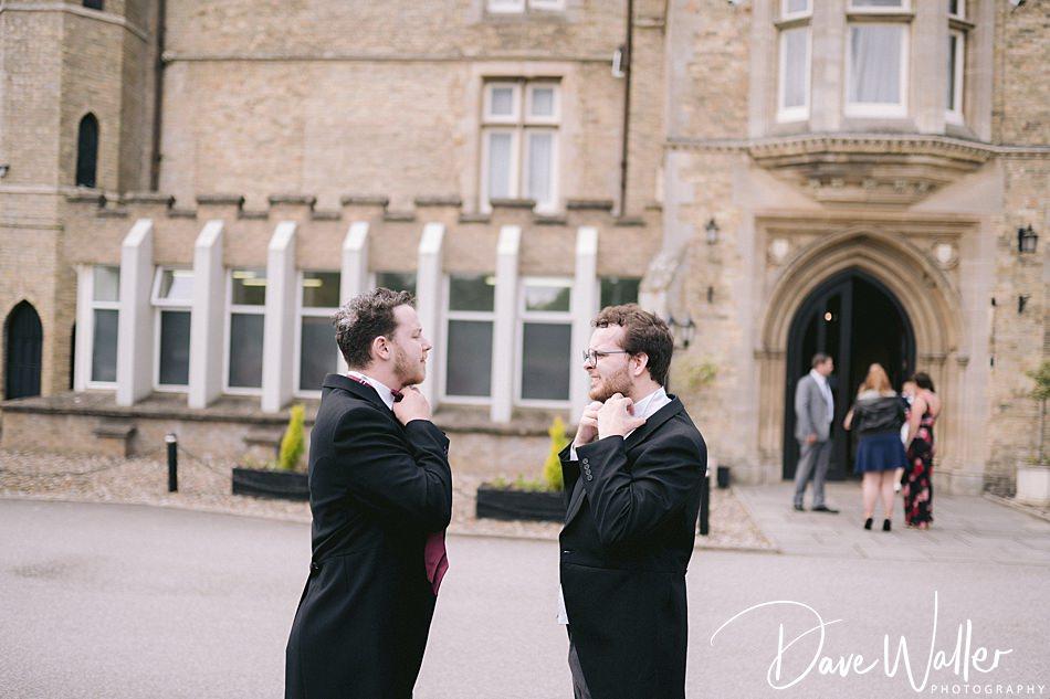 4-Cave-Castle-Wedding-Photography- -Hull-Wedding-Photographer-.jpg