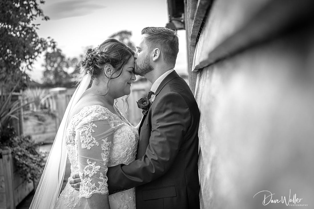 _Sandhole_Oak Barn_wedding_photographer_|_Manchester_wedding_photography_17.jpg