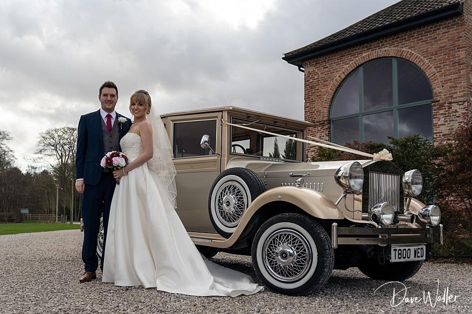 -Hazel-Gap-Barn-Wedding-Photography-|-Nottinghamshire-Wedding-Photographer-18.jpg