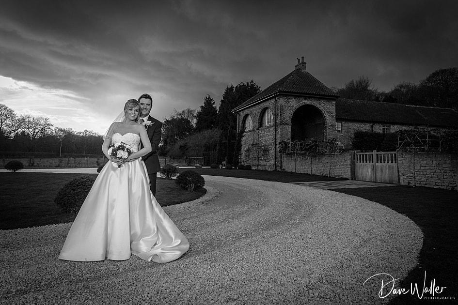 -Hazel-Gap-Barn-Wedding-Photography-|-Nottinghamshire-Wedding-Photographer-31.jpg