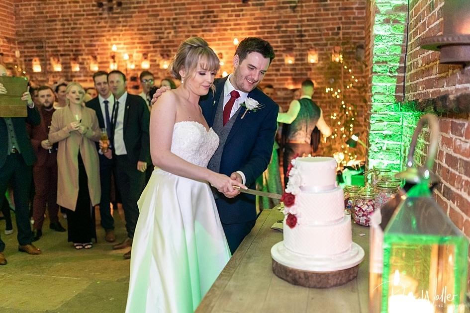 -Hazel-Gap-Barn-Wedding-Photography-|-Nottinghamshire-Wedding-Photographer-40.jpg