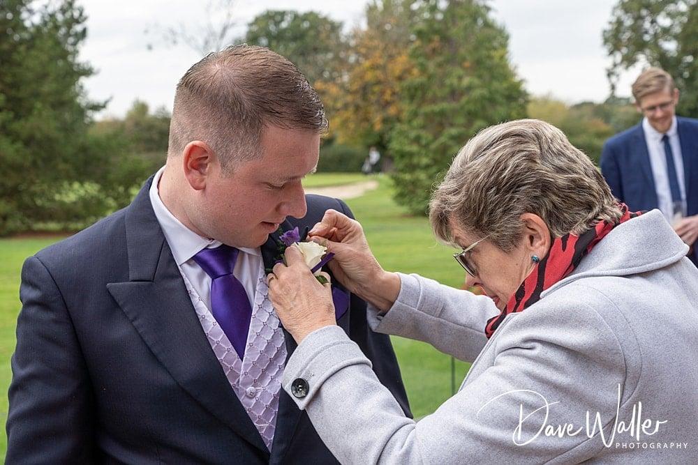 -york-wedding-photographer-|-Aldwark-Manor-Wedding-4.jpg