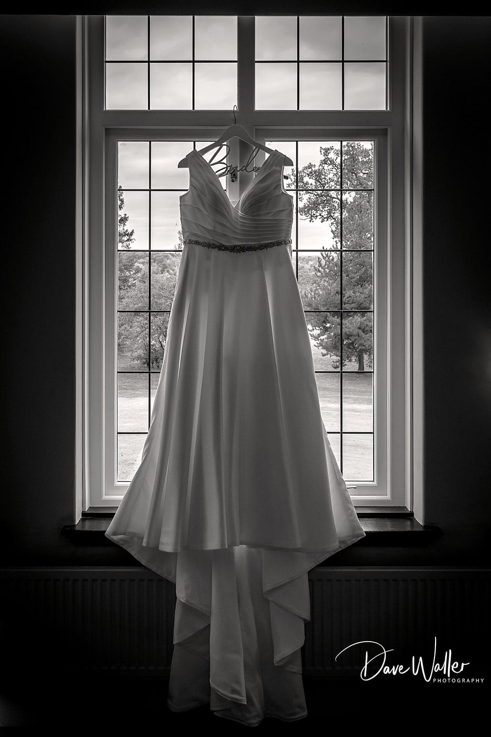 -york-wedding-photographer-|-Aldwark-Manor-Wedding-40.jpg